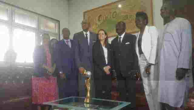 Coupe du monde 2019 : le trophée de passage au Cameroun