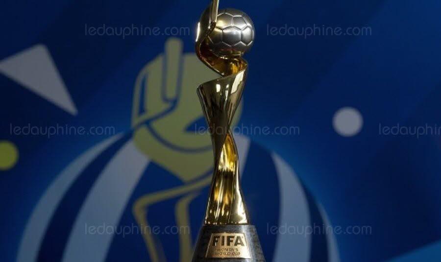 SPORTS Le trophée de la Coupe du monde féminine de football bientôt à Grenoble