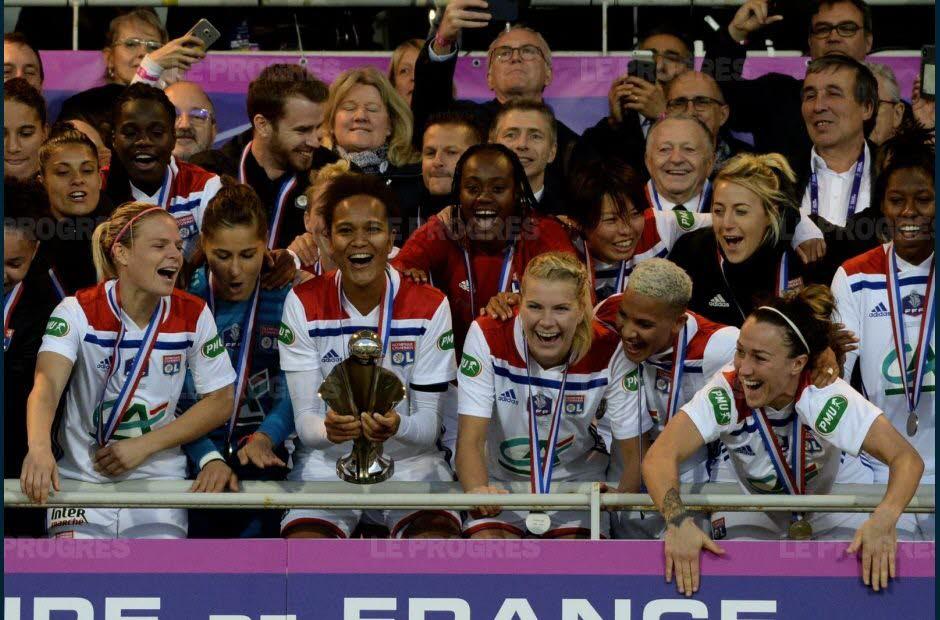 Football féminin Coupe de France: Lyon triomphe et reste en lice pour le triplé