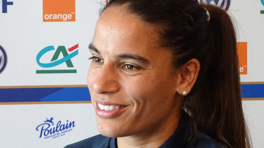 VIDÉO | Coupe du monde féminine 2019 – Amel Majri : «On met la barre haute»
