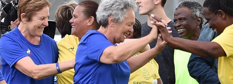 Des mamies font leur Coupe du monde de football