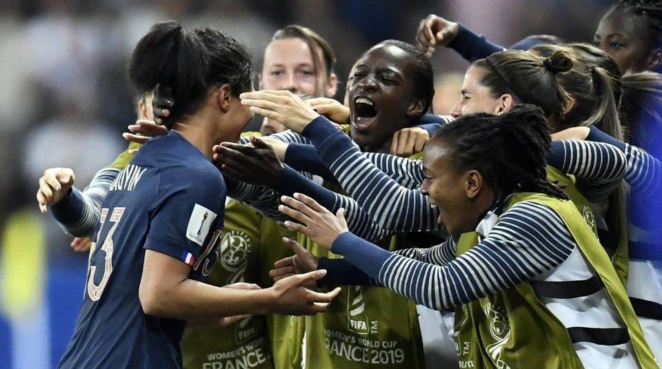 Coupe du monde féminine: Punie vendredi, buteuse mercredi, Valérie Gauvin est passée de l'enfer au paradis