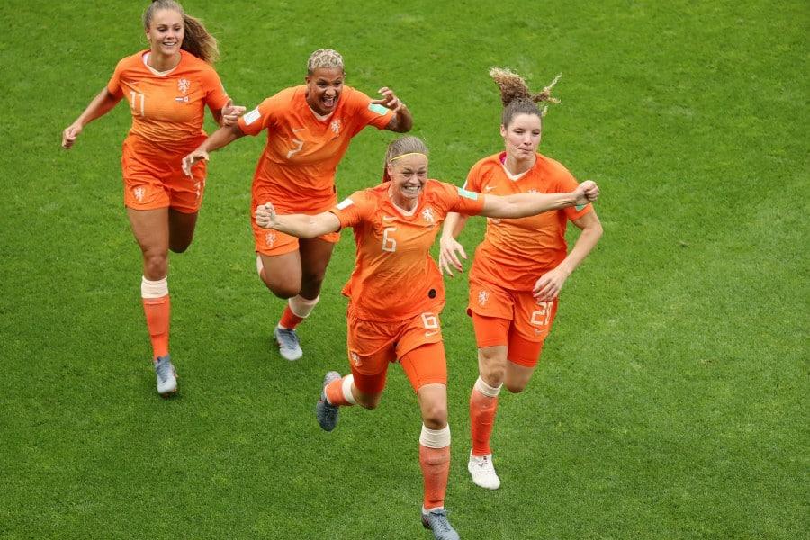 Foot. Sans-faute pour les Pays-Bas, le Cameroun élimine l'Argentine