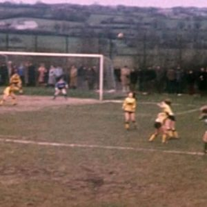 VIDEOS. Etroeungt, 1800 habitants : l'étonnante histoire du club de foot féminin N°1 en France dans les années 70