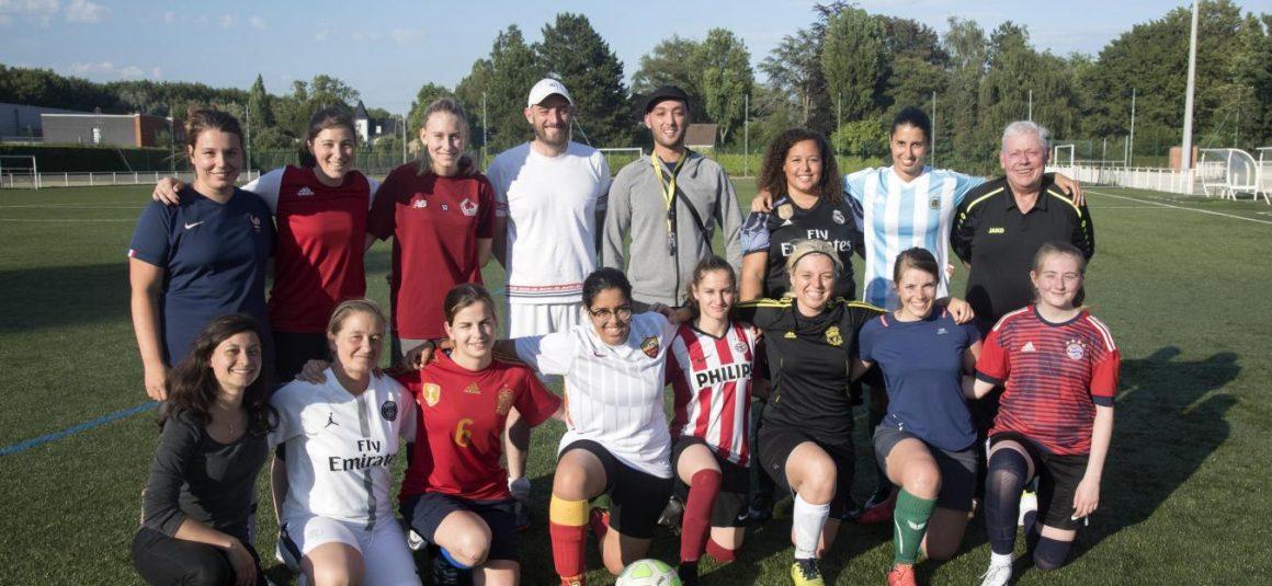 Côté filles, le Mons Athletic club attaque!