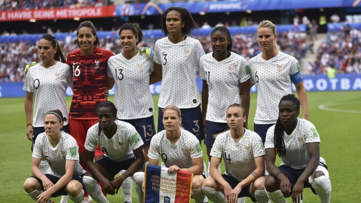 Foot féminin : les Bleues disputeront à Clermont-Ferrand leur premier match de la saison