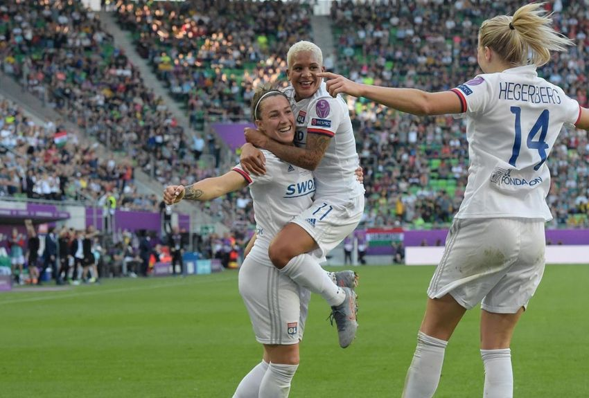 Football féminin : Lyon remporte la 1ère édition du Trophée des Championnes face au PSG
