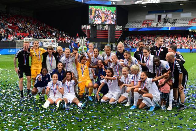 Trophée des championnes : l'OL domine le PSG aux tirs au but