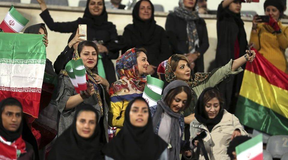Iran: La Fifa assurée que les femmes pourront accéder au stade pour le prochain match de la sélection